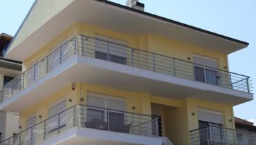 Κατασκευή Συγκροτήματος Κατοικιών με ιδιωτικό χώρο στάθμευσης