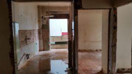 Διαμερισμάτωση Β' οροφού της τετραόροφης οικοδομής στην οδό Γιοσέφ Ελιγιά & Αρσάκη